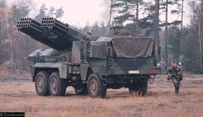 Armée Allemande (Bundeswehr) Bw_rakw_110mm_lars_2-010