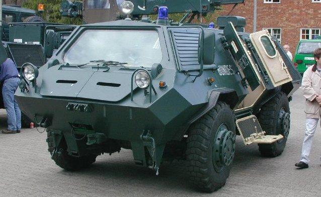 قوات مكافحة الشغب Bgs_sw_1_faun-002