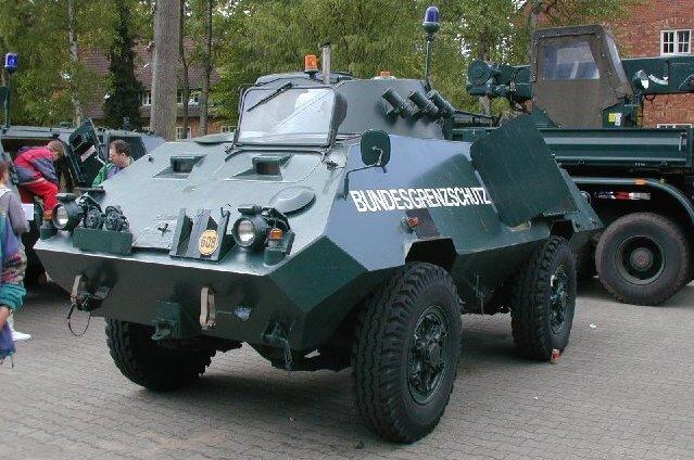 قوات مكافحة الشغب Bgs_sw_1_mowag-002