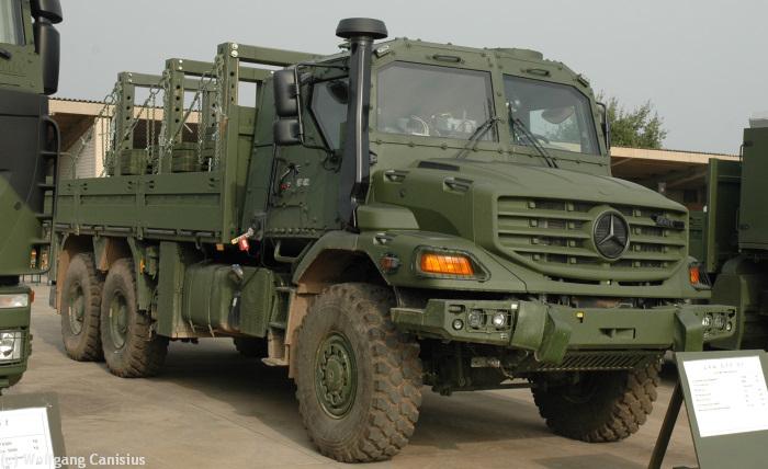 El Ejército de Chile compra 330 camiones 'Zetros' y 'Unimog' a Mercedes. Bw_gtf_09t_mb_zetros-DSC_6975i