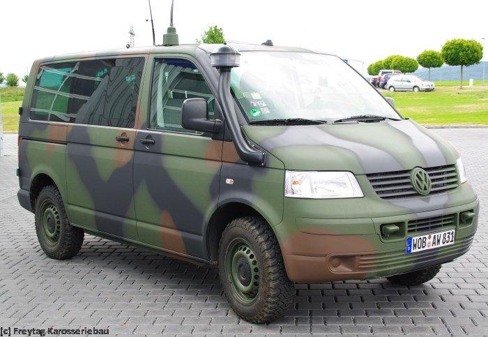 T5 Bundeswehr Mustert Multivans Aus