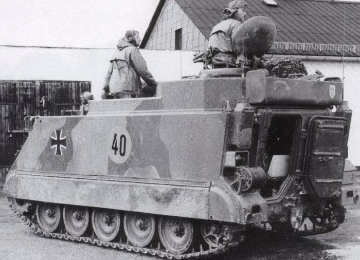 Laser Entfernungsmesser Bundeswehr : Bundeswehrsoldat mit neuer infanterie bewaffnung der bundeswehr